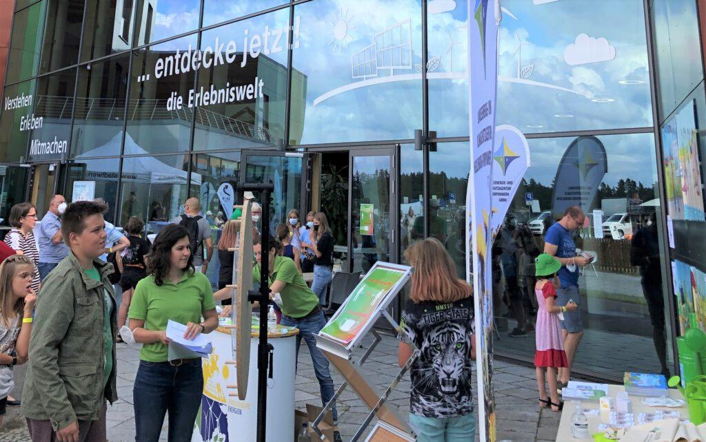 Stand der LEKA MV am Tag der Erneuerbaren Energien 2021 in Neustrelitz